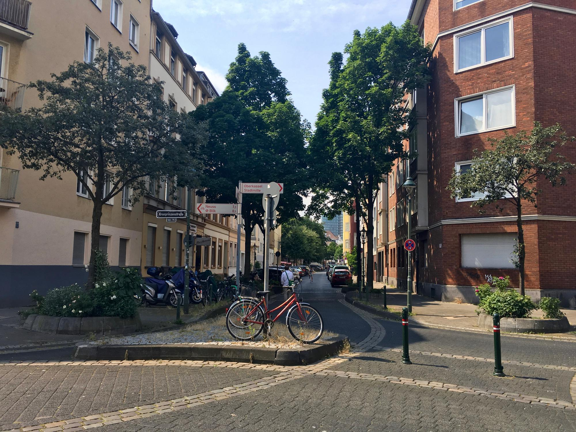 🇩🇪 Düsseldorf, Germany, july 2016.
