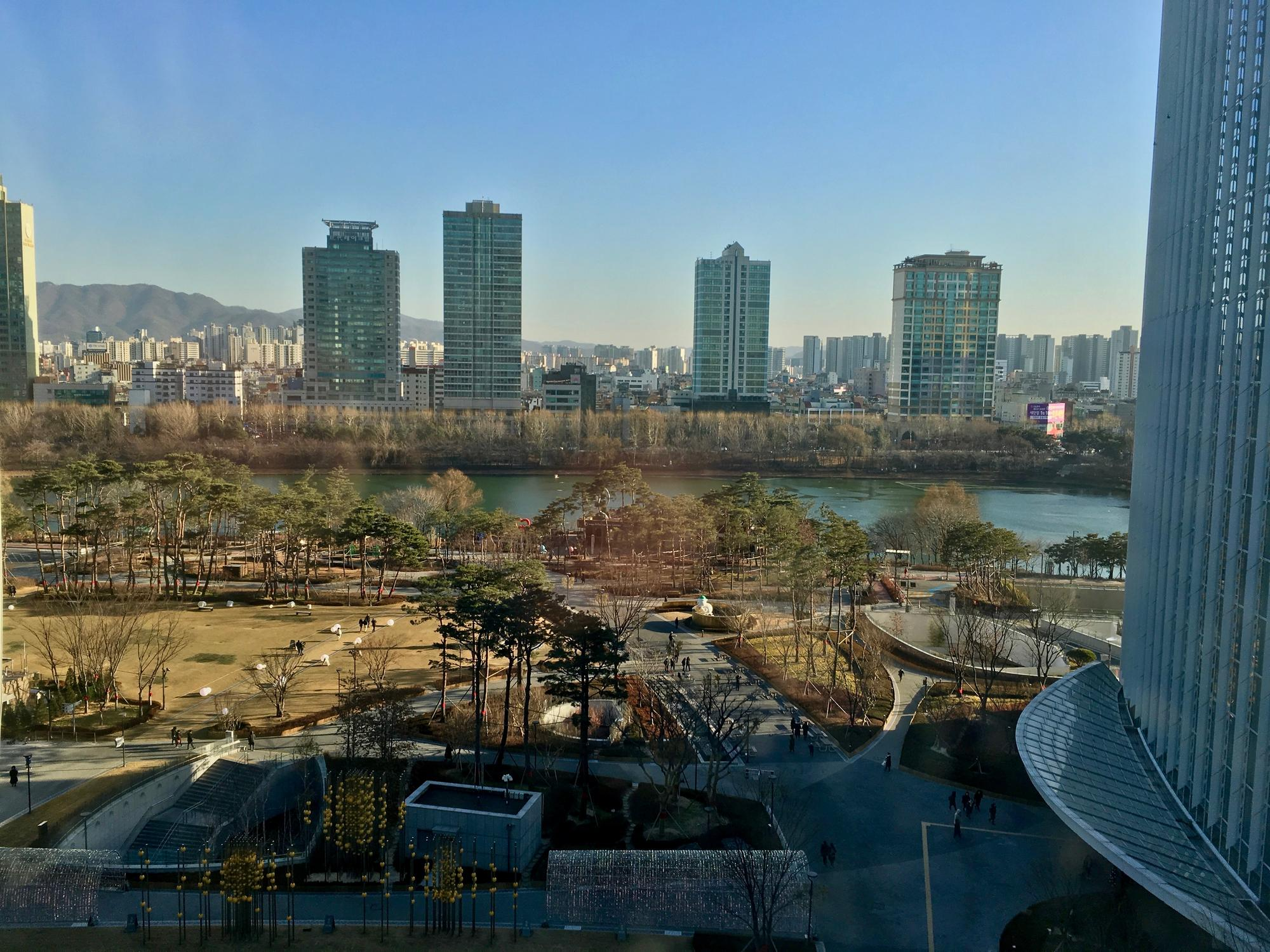🇰🇷 Seoul, South Korea, december 2018.